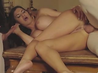 Provocative Lady Jasmine Jae Is Fucked By Two Hot Blooded Lords