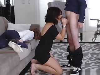 Skinny Ass Fucking Blonde Matures Cougar Instruct My Girlcomrade...