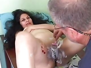 Pretty Matures Latina Gets Her Cunt Shaven