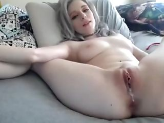 Two Fucktoys Inwards Her Cock-squeezing Poon -&gt Free...