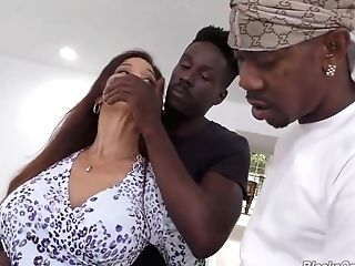 Amazing Matures Woman And Some Black Guys Are Having Group...