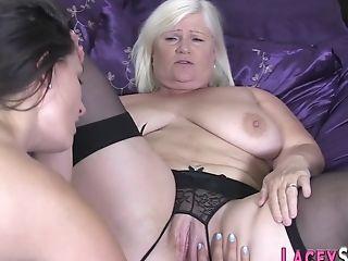 Stockinged Granny Frigs Coochie