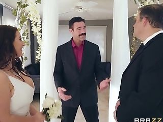 A Supah-huge-boobed Bride Gets Horny During The Wedding Ceremony.