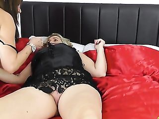 Matures Whore Camilla Internal Cumshot Is Ready For Some Sapphic...