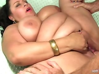 Sexy Matures Dark Haired Bbw Luvs Her Obese Fuckbox Getting Fucked...