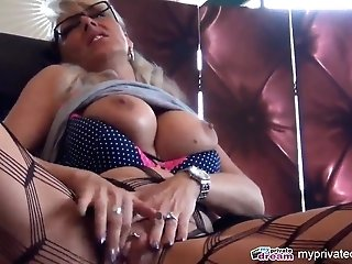 Myprivatedream - Hot Mummy Faux-cock Have Fun And Squirt