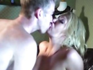 Brazzers - Hot Mummy Leigh Darby Fucks Sons-in-law Friends