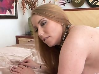 Breath Taking Milky Stepmom Desiree Deluca Is Fucked By Horny Black...