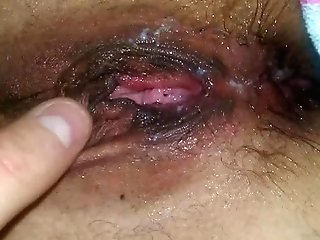 40+ Matures Fuck Fumbling Her Creampied Cunt As She Squirts