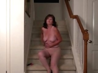 Usawives Horny Wifey On The Stairs Masturbate