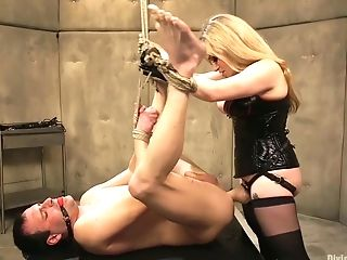 Gorgeous Mistress Wearing Belt Cock Aiden Starr Fucks Ass-fuck...