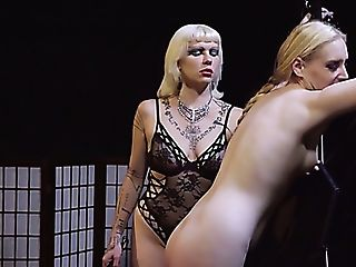 Horny Frigging And Wild Booty Smacking With Voracious Bitch Queen...