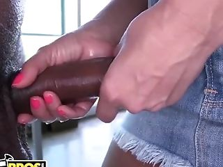 Bangbros - Big Tits Mummy Sex Industry Star Lisa Ann Jerking Off A...